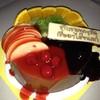 เค้กวันเกิดเพื่อนๆ ตามสั่งเลย เนื้อเค้กบัตเตอร์ ครีมช็อค แต่งหน้าด้วยผลไม้