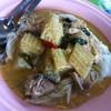 ขนมจีนแกงเขียวหวานไก่