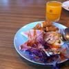 เซตอาหารเช้าจะเป็นแบบบุฟเฟ่ต์ มีทั้งอเมริกัน ข้าวต้ม ผัดหมี่ซั้ว ผลไม้
