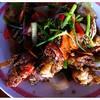 กุ้งแม่น้ำผัดพริกไทยดำ