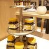 ในร้านจะมีขายพวกน้ำผึ้ง ขนมปังกรอบ เบคอนบิทส์ ใส่ในแพคเกจน่ารักๆ
