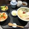 S sake ikura set 340 บาท  ได้ราเมง ข้าวไข่ปลา สลัด ไข่ตุ๋น ซุป คุ้ม!