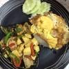 ข้าวผัดกระเพราเต้าหู้หมูยอไข่ดาว