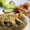 ข้าวผัดเขียวหวานปลาสลิดทอด