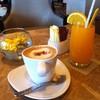 กาแฟ คู่น้ำส้ม ดีนะ