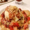 STRAWBERRY CRUMBLE PANCAKE