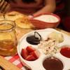 ท็อปปิ้งต่างๆของเมนู D.I.Y. Pancake ที่เราสามารถรังสรรค์ความอร่อยได้เอง
