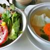ซุปประจำวันของวันนี้เป็นแกงจืดใส่แครอท กับหัวไชเท้า