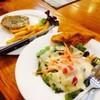 สลัดปลาดอลลี่ &สเต็กหมูพริกไทยดำ