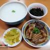 แบ่งมาทานสำหรับมื้อเช้าเป็น Chinese Breakfast Set สไตล์เด็กเยาวราช