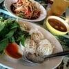 ขนมจีนน้ำยาป่า & ส้มตำหอยดอง