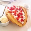 Strawberry Waffle (95 บาท)