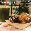 ชุดทาโกะยากิ 6 ลูก + ชาเขียวเย็น 1 แก้ว : 145 บาท