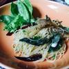 สปาเก็ตตี้ปลาสลิดกรอบผัดน้ำมันมะกอก