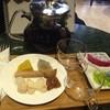 ชาแดงลิ้นจี่ + ขนมไทย 120.