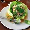 พล่าปลาซัลมอน (220฿)
