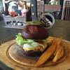 Rock Me Burgers & Bar ลอยเคราะห์