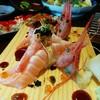 Salmon Ama Ebi ข้าวปั้นหน้าแซลมอน+กุ้งหวานซอสมันปลา