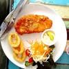 สเต็กปลากินกะหอมทอด