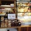 Cafe De Grand And Cakes