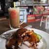 ข้าวหมูแดงหมูกรอบ + กาแฟ