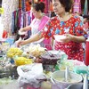 ลูกค้าแน่นตลอดเวลา ทั้งชาวไทยและชาวต่างประเทศ