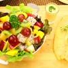 สเต็กปลาดอลลี่ย่าง + สลัดผลไม้ (155 บาท)