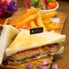 Grilled Chicken Teriyaki Sandwich (150 บาท)