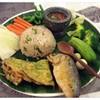 ข้าวคลุกน้ำพริกปลาทู (140฿)