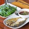 น้ำพริกปลาทูผักกูดราดกะทิ