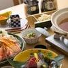 """ชุด """"Snow Crab Shabu Shabu"""" (3,960 บาท)  เสิร์ฟพร้อมกับ """"Yuzu Kosho"""""""