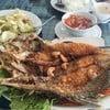 ร้านอาหาร ริมน้ำ สวนนพรัตน์รีสอร์ต
