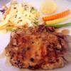 เสต็กมีทั้ง คุโรบุตะ ปลาเซลมอน หมูไก่พริกไทยดำ