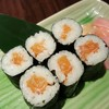 salmon maki ฿69