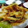 ผักกรอบ ยำอร่อย มีหมึก หอย กุ้งสดดี