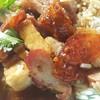 ข้าวหมูแดงหมูกรอบกุนเชียง : สาดมาอย่างเยอะ หมูแดง หมูกรอบและกุนเชียงจ๊ะ