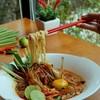 มาม่าต้มยำชามโต เส้นนุ่ม รสชาติถูกปากคนไทย