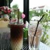 เป็นกาแฟผสมชาไทย ราคา 50 บาท รสชาติดี 😋 เสิร์ฟคู่น้ำเปล่า
