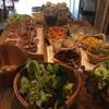 Organic Salads และผลไม้ น้ำสลัดอร่อยมากๆ