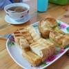 ขนมปังหอมกรอบ กับความหวานหอมของ เนย นม น้ำตาล สังขยา อร่อยลงตัว