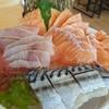ซาชิมิ • ดูสภาพ ไม่น่ากินเลยอะ ที่ ร้านอาหาร HiKaRu Shabu Sushi Buffet The Grove