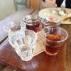กาแฟพิเศษนำมาชง ผ่านกระดาษกรอง กาแฟไทย และเทศหมุนเวียนเปลี่ยนมาให้ลิ้มลอง