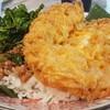 ไข่เจียวจองร้านเชยมีเอกลักษณ์ตรงเป็นไข่เจียวแบบฟูๆกรอบๆ เวลาทานคู่กับข้าวและกะเพ