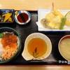 ¥1,620 ข้าวหน้าหอยเชลล์, ปลาแซลมอนและikura พร้อมเทมปุระ
