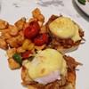Pineapple Pulled Pork Benedict ราคา 325 บาท+  • อร่อยเกินคาดเลย ที่ ร้านอาหาร DEAN & DELUCA เซ็นทรัล แอมบาสซี่