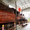 ด้่านหน้าพิพิธภัณฑ์ จะเป็นขบวนรถไฟที่ญี่ปุ่นใช้ขนอาวุธยุทโธปกรณ์ไปรบต่อเพื่อขยา