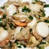 หอยเชลล์ผัดเนยกระเทียม