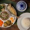 น้ำพริกกะปิสูตรชาววัง รสชาติสุดแซ่บ เสิร์ฟพร้อมกับปลาทูทอดตัวใหญ่ราคา 250 บาท
