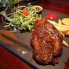 สเต็กหมูพริกไทยดำจิ้มแจ่ว