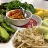 จานนี้ทานฟรี...เสน่ห์ของร้านอาหารใต้...ต้องมีผักเหนาะทานแกล้มอาหารรสจัด...